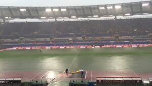 İtalyayı sel vurdu, 2 maç yarıda kaldı