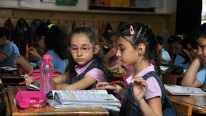 Uzmanlardan velilere: Çocuğunuza okul hakkında gerçekleri anlatın