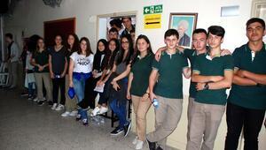 Okulları dönüştürülen öğrencilerden tepki