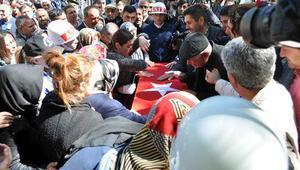 Kayseri'de şehit uzman çavuş Arda Şen'i, 5 bin kişi uğurladı