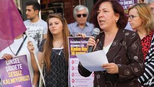 Balıkesirde kadınlar hakları için eylem yaptı