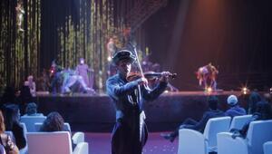 Gösteri topluluklarından  Cirque du Soleil İstanbulda hayranlarıyla buluştu