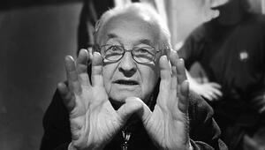 Oscar'lı yönetmen Wajda öldü