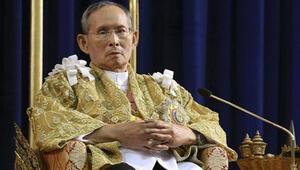 Tayland kralı hastalandı borsa ağır darbe aldı