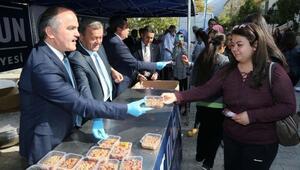 Pamukkale Belediyesinden 4 bin öğrenciye aşure