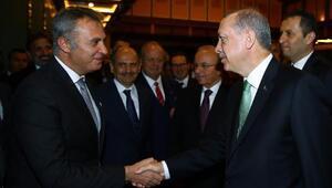 Cumhurbaşkanı Erdoğan, Fikret Ormanı tebrik etti