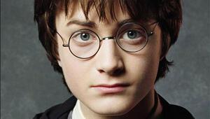 Harry Potter ve Lanetli Çocuk gelecek ay Türkiyede