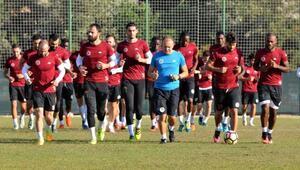 Aytemiz Alanyaspor Bursaspora hazırlanıyor
