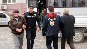 Manisada FETÖden 21 tutuklama