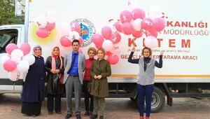 Kansere dikkat çekmek için pembe balonlu konvoy