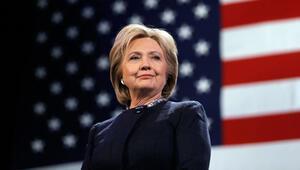 FBI Clintonun e-posta soruşturmasını tekrar açacak
