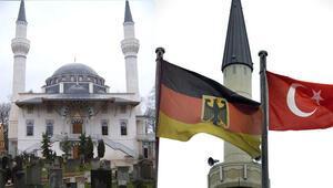 Almanya'daki Suriyelilerin gözüyle Türk ve Arap camileri