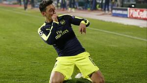 Arsenal, Mesut ile geri döndü