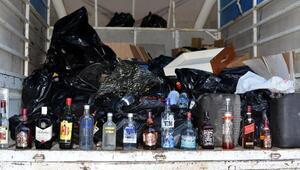 Adanada kamyon dolusu kaçak içki ele geçirildi