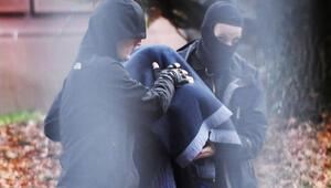 Almanya'da DEAŞ operasyonunda 5 kişi yakalandı