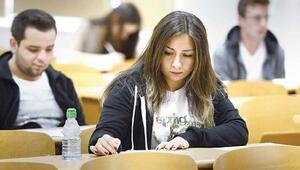 KPSS sınav giriş yerleri için ÖSYMden bekleyiş devam ediyor