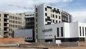 Aksarayda hastane inşaatı hızla devam ediyor