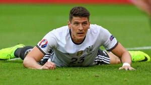 Almanlar, dün 8 attı, Mario Gomez şok etti