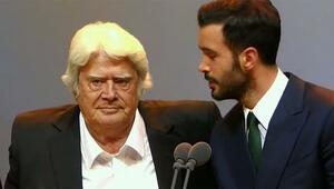 Altın Kelebek Ödülleri nde Cüneyt Arkından duygusal konuşma
