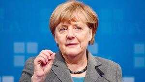 İlklerin kadını Angela Merkel