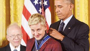 Obama'dan ağlatan ödül