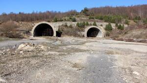 Bolu Dağı Tünelinin terk edilen tüpleri 17 yıldır atıl