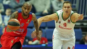 CSKA zirveyi bırakmıyor