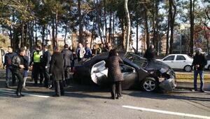 Cumhurbaşkanı Erdoanın konvoyunda kaza(1)
