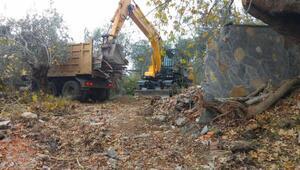 Edremitteki FETÖ kampı yıkıldı