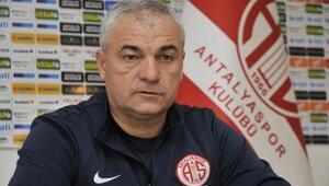 Antalyaspor teknik direktörü Çalımbay: Etooya transfer teklifi yok