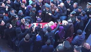 Şehit Komando Er Döngel, gözyaşları arasında toprağa verildi