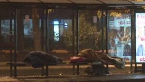 Aralıksız yağan yağmur İstanbulu felç etti