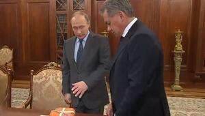Düşürülen uçağın karakutusu Putin'e getirildi