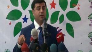 Selahattin Demirtaş, PKK derhal elini tetikten çekmeli dedi.