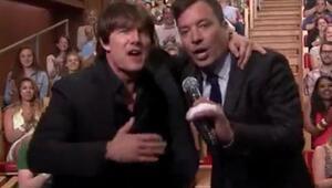 Tom Cruise ve Jimmy Fallonun playback savaşı