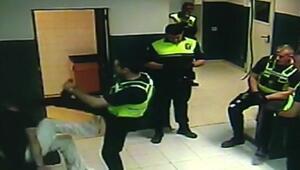 İspanyol polisinden 'karateci tekmesi