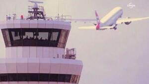 Pilot, denizi kirleten gemiyi kuleye ihbar etti