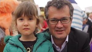 Cengiz Semercioğlu ve kızı Pera Vialandde