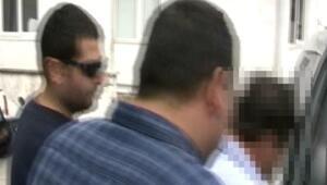 Liseli kızların etek altını çeken belediye işçisi gözaltında