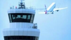 Uçak arıza yapınca iniş kalkışlar yarım saat durdu