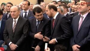 Vali konuşmaya hazırlanırken sunucu Bilal Erdoğanı anons etti