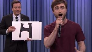 Daniel Radcliffeten alfabetik rap performansı