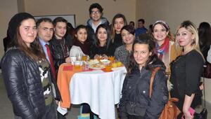 Öğrenciler, meslek gruplarının temsilcileriyle buluştu