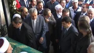 Beyoğlu Belediye Başkanına tepki: Yuvamı yıktın sen de bu tabuta yatacaksın