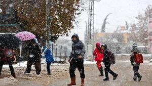 Antalya kent merkezinde 23 yıl sonra kar sürprizi (3)
