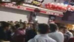 Bağcılar Belediye Başkanı ile seyyar satıcı arasında gerginlik