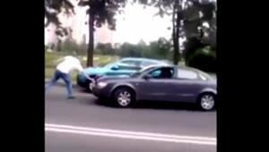 Rusyada baltalı sürücü dehşet saçtı