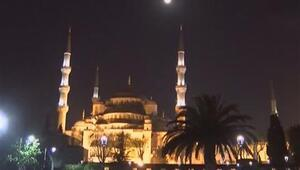 İstanbulda kartpostallık ay manzarası