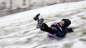 Kar esareti devam ediyor Okulların tatil olduğu iller...