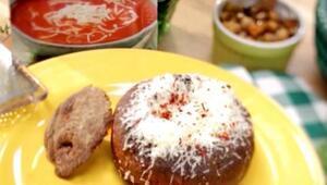 Hazerin Lezzetli Tarifleri - Ekmekli Domates Çorbası